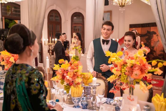 Đạo diễn Gái già lắm chiêu 3: Ngu ngốc mới đi đạo nhái bộ phim Crazy Rich Asians  tượng đài và tự hào của Châu Á ảnh 7