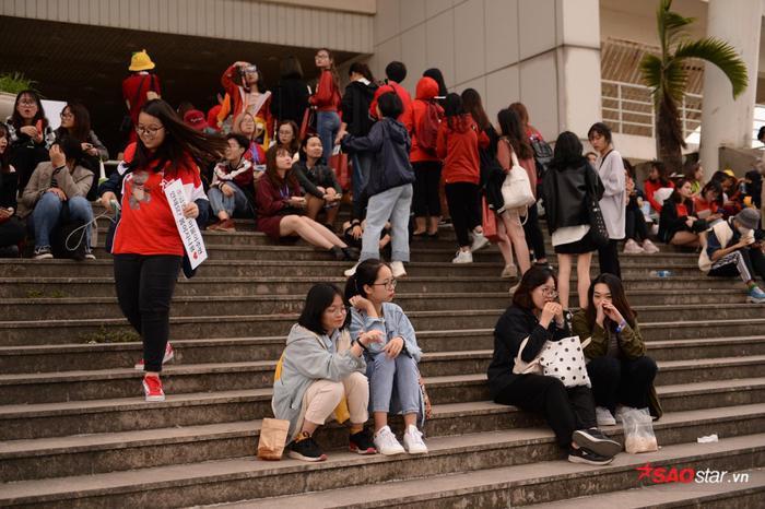 Cập nhật 2020 Kpop Super Concert trước giờ G: Mỹ Đình đông kín, hé lộ những hình ảnh đầu tiên về sân khấu chính thức ảnh 5