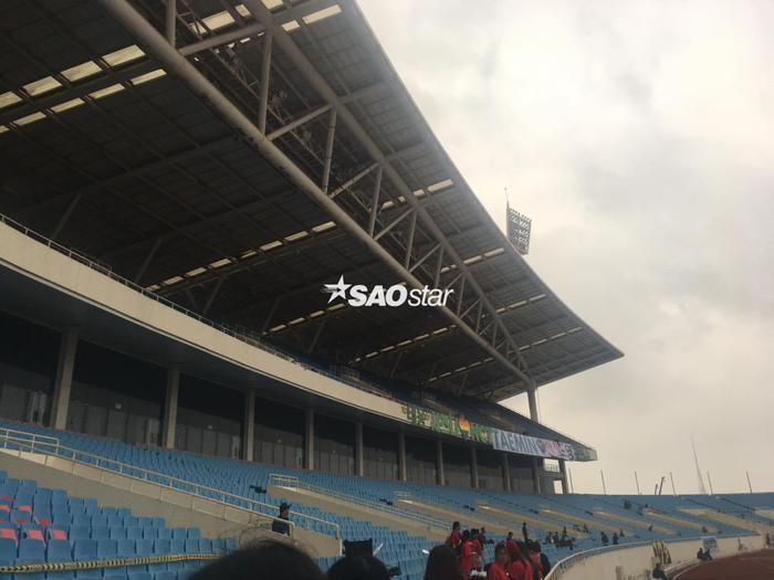 Cập nhật 2020 Kpop Super Concert trước giờ G: Mỹ Đình đông kín, hé lộ những hình ảnh đầu tiên về sân khấu chính thức ảnh 15
