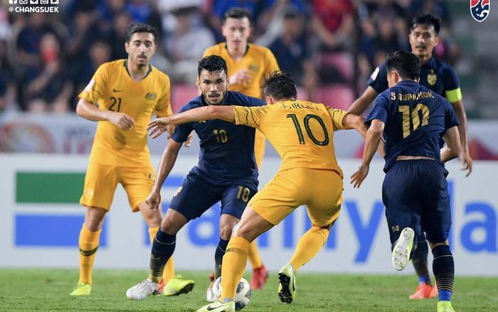 Theo bản tin thể thao hôm nay, U23 Thái Lan bất lực trước sự kỷ luật của U23 Austalia.
