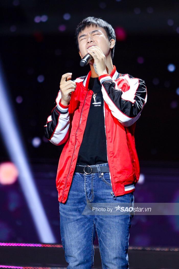 Chung kết Nét đẹp Sinh viên HSU 2020: Phạm Quỳnh Anh cảm xúc với siêu hit thời thanh xuân, Bùi Công Nam bất ngờ tiết lộ bài mới của Noo Phước Thịnh ảnh 11