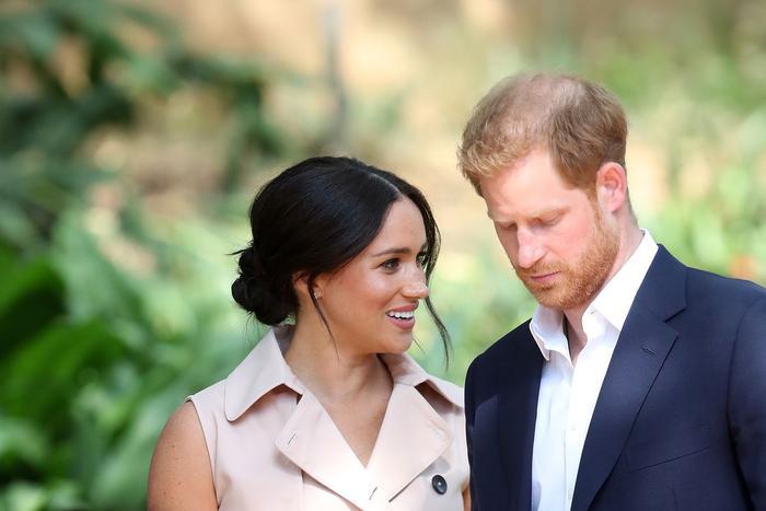 """Công nương Meghan Markle bị chỉ trích là người đã chia rẽ Hoàng tử Harry và gia đình. Hành động của cặp đôi cũng bị cho là """"ích kỷ"""", """"ngông cuồng"""". (Ảnh:Chris Jackson/Getty Images)"""