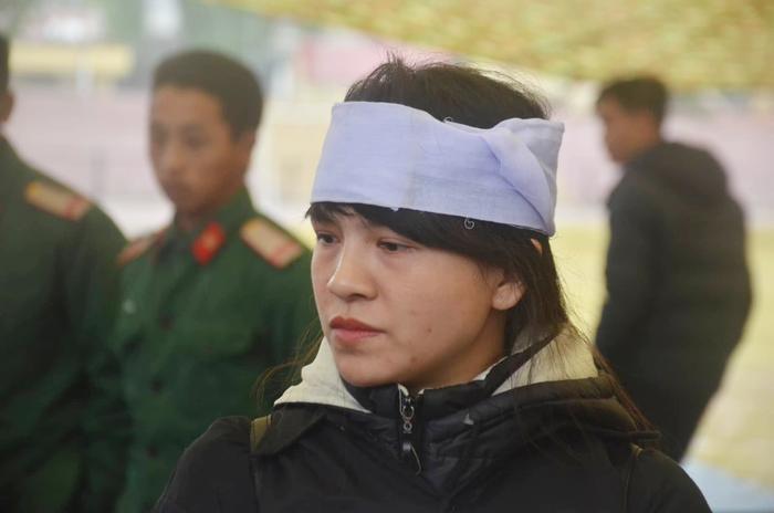 Chị Cao Thảo Loan, chị gái nữ sinh giao gà.