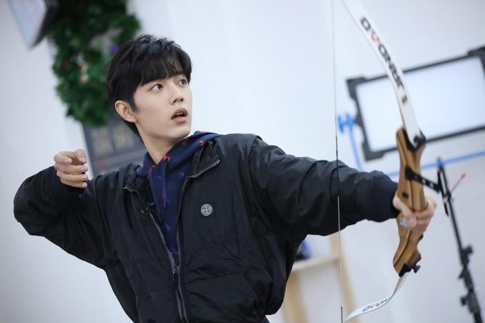 Các tạo hình của Tiêu Chiến trong phim ảnh Hoa ngữ: Khó lòng vượt qua Ngụy Vô Tiện, Lang điện hạ kéo nhan sắc đi xuống ảnh 2