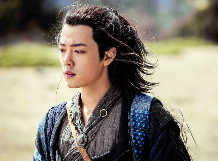 Các tạo hình của Tiêu Chiến trong phim ảnh Hoa ngữ: Khó lòng vượt qua Ngụy Vô Tiện, Lang điện hạ kéo nhan sắc đi xuống ảnh 8