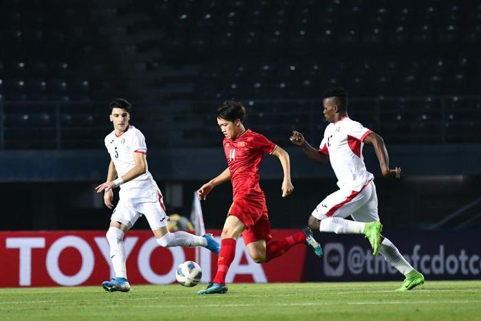 U23 Việt Nam sẽ bị loại nếu UAE hoà Jordan có bàn thắng.