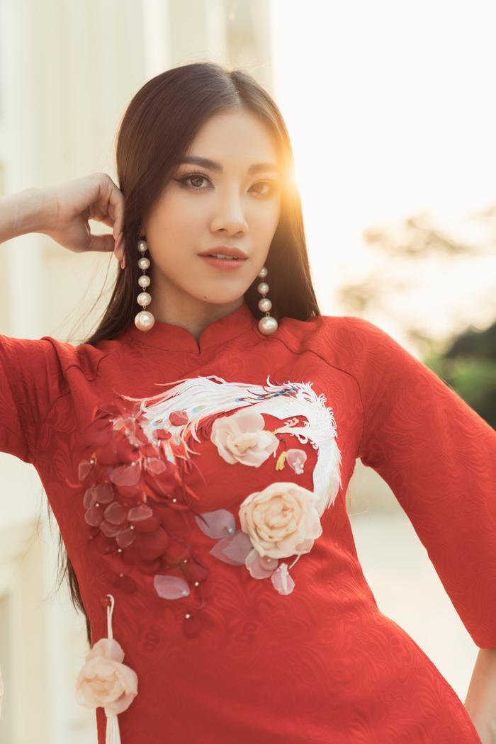 Á hậu Kim Duyên giúp bố mẹ bán cơm, fan trầm trồ ngắm cậu em trai chuẩn mỹ nam châu Á ảnh 10