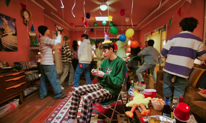 """#AnySongChallenge của Zico tiếp tục """"gây bão"""", đến """"nữ hoàng quyến rũ"""" nhất Kpop Lee Hyori cũng không thể bỏ lỡ"""