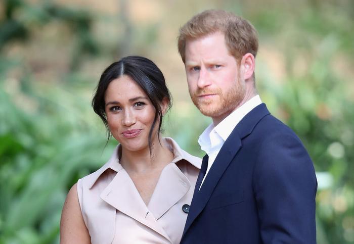 Hoàng tử Harry và Meghan sẽ được thỏa lòng với ước mong rút khỏi hoàng gia Anh.