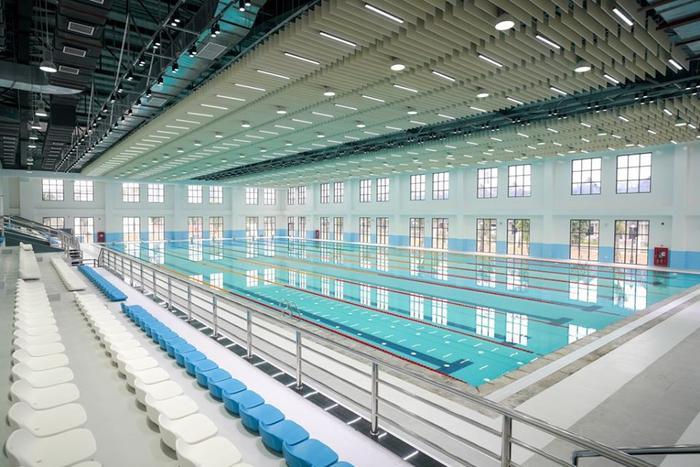 Khu thể thao dưới nước của trường