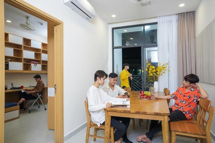 Ký túc xá của trường chẳng khác nào những căn hộ chung cư cao cấp