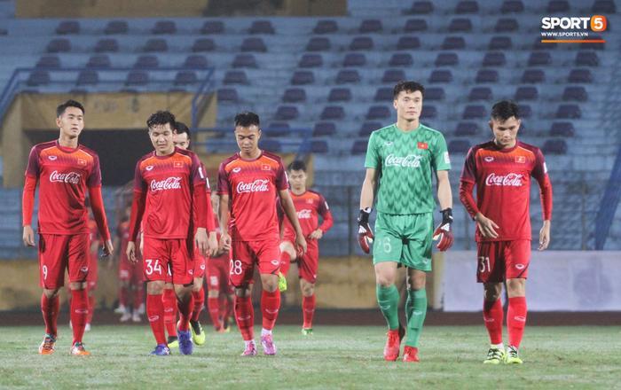 Nhiều bài đăng về thất bại của U23 Việt Nam trước U23 Triều Tiên lại nhận được sự đồng cảm, động viên từ phía người hâm mộ. (Ảnh: Hiếu Lương / Sport5)