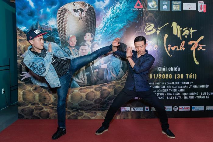 Bí mật đảo Linh Xà: Dàn diễn viên Việt Nam và quốc tế cùng đọ sắc thêm thảm đỏ ảnh 17