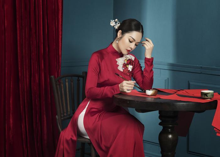 Mẹ con Dương Cẩm Lynh diện áo dài cực xinh trước thềm xuân Canh Tý 2020 ảnh 7