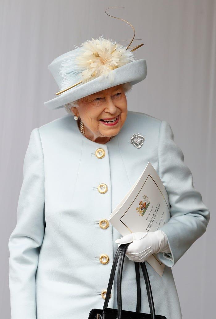 Phải tốn bao nhiêu tiền để được học cùng trường với hoàng tử William, công nương Kate? ảnh 6
