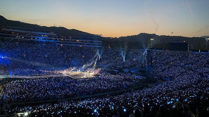 Chưa phát hành album, BTS đã công bố địa điểm và thời gian tổ chức Tour diễn mới ảnh 6