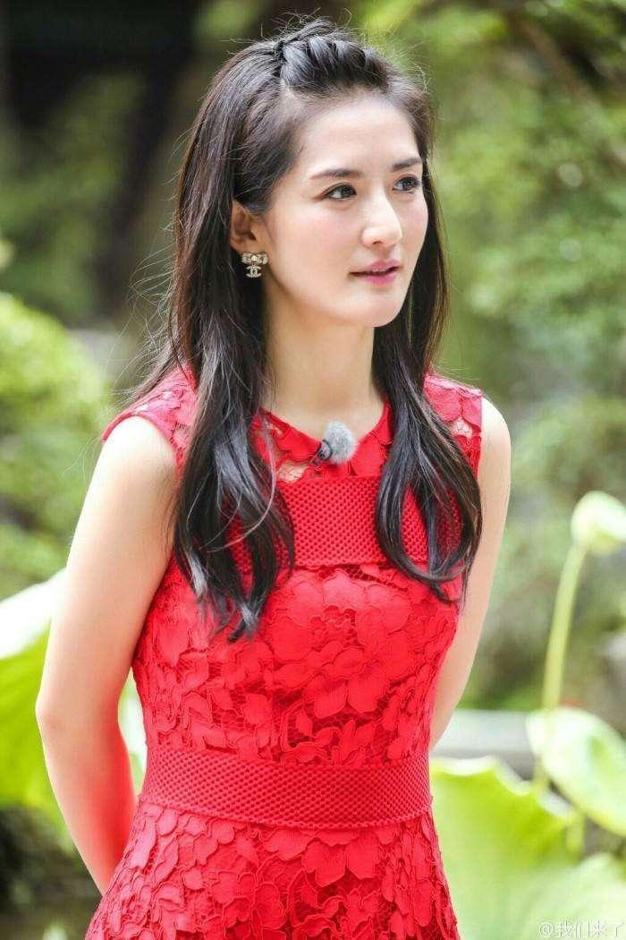 Hé lộ dàn khách mời nổi tiếng tham gia hôn lễ của Phùng Thiệu Phong và Triệu Lệ Dĩnh? ảnh 10