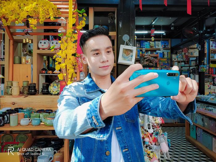 Nam vương Cao Xuân Tài gợi ý phong cách lịch lãm đón Tết ảnh 6