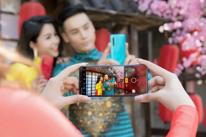 Nam vương Cao Xuân Tài gợi ý phong cách lịch lãm đón Tết ảnh 7