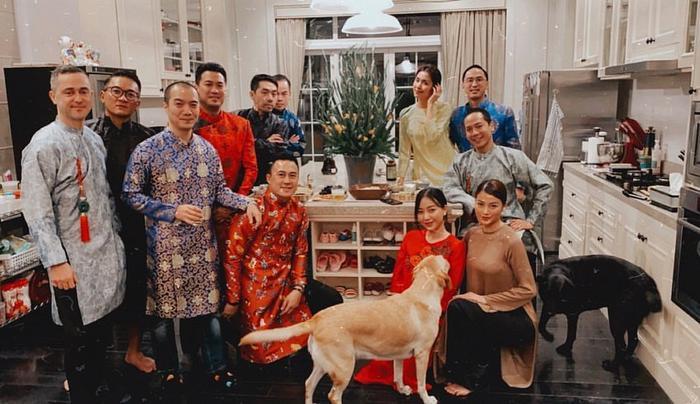 Căn bếp xinh xắn nhà Tăng Thanh Hà.