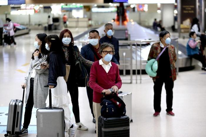 Cục Hàng không Việt Nam đã yêu cầu hủy toàn bộ các phép bay đã cấp và không cấp phép bay mới cho các chuyến bay từ Việt Nam đến Vũ Hán (Trung Quốc) do virus corona. (Ảnh:Richard Reyes/Philippine Daily Inquirer)