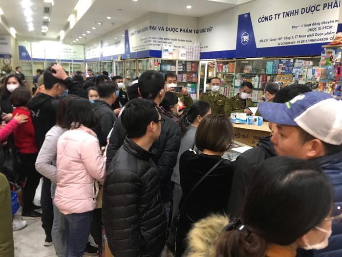 Tổng Cục Quản lý thị trường chỉ đạo xử lý nghiêm hành vi găm hàng, tăng giá khẩu trang giữa dịch virus corona