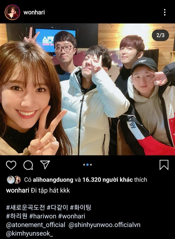 Hari Won chia sẻ ảnh chụp đi tập hát cùng những người bạn Hàn Quốc.