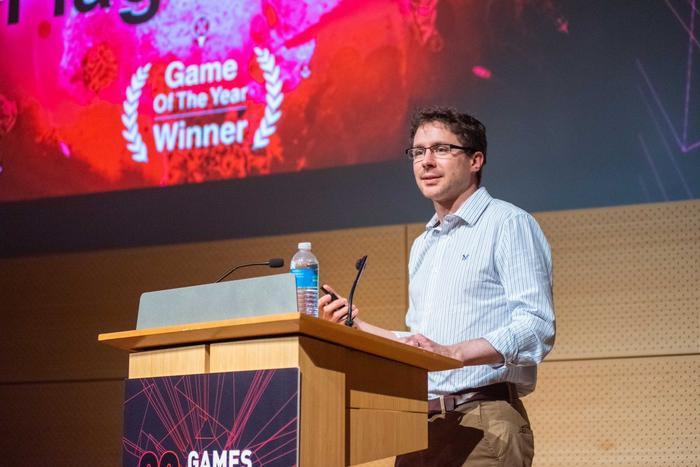 James Vaughn – cha đẻ của tựa gamePlague Inc. mới đây đã nhắc nhở mọi người rằng mặc dù Plague Inc là một tựa game hay, nhưng cuối cùng game vẫn chỉ là game mà thôi. (Ảnh:James Vaughn Twitter)