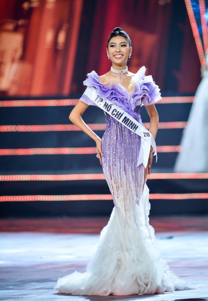 6 mỹ nhân cởi bỏ danh hiệu quốc tế lẫy lừng đến với Miss Universe: Thúy Vân gây tiếc nuối ảnh 1