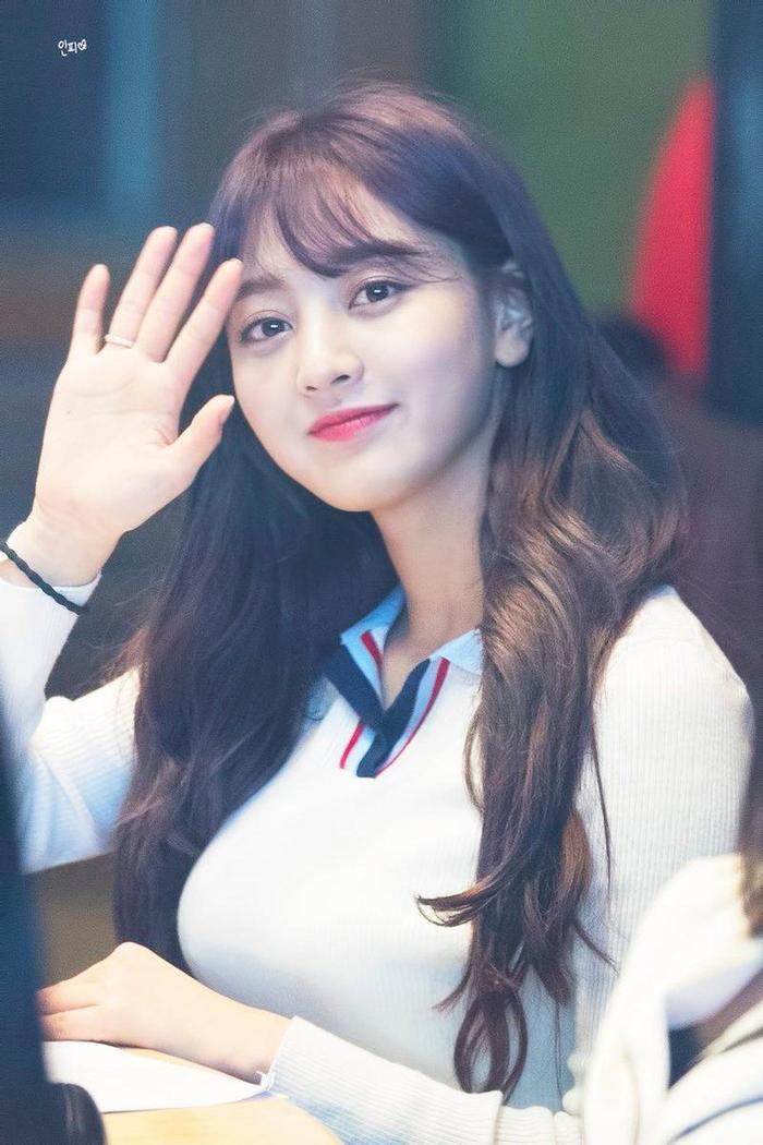 Nữ tân binh Kpop được gọi là tiểu Tzuyu (TWICE), Knet mỉa mai: Giống Jihyo hơn ảnh 5