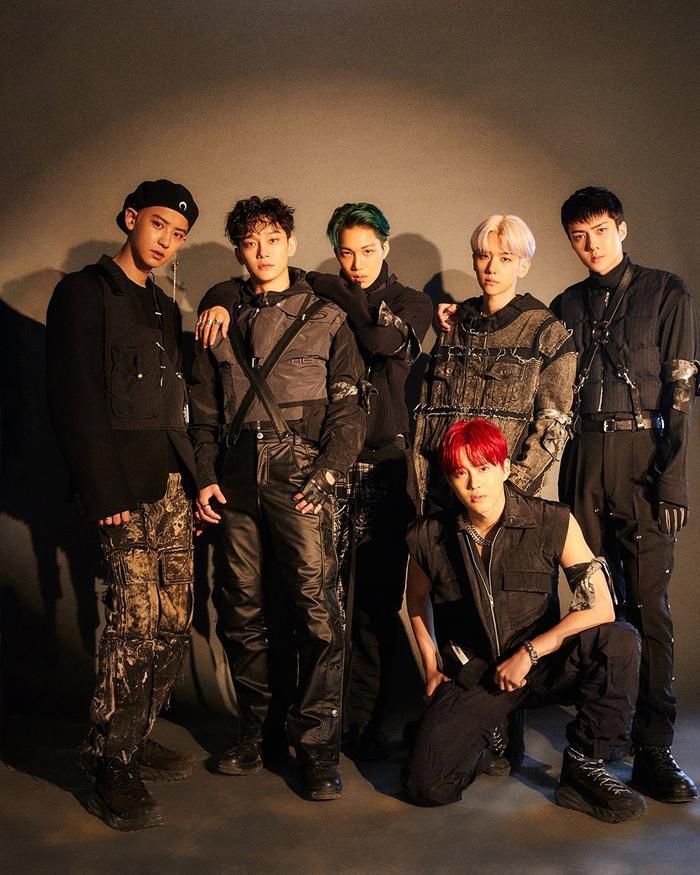 BXH World Album trên Billboard tuần này: Quán quân không đổi, bất ngờ với thứ hạng của BlackPink