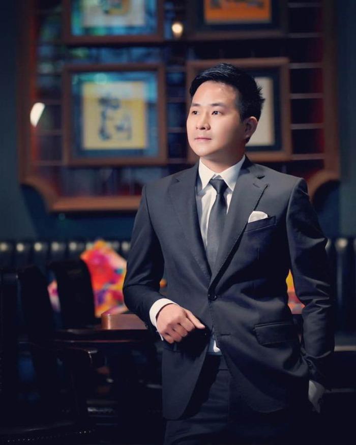 Bị nghi 'đá xéo' Quang Hải, bạn trai tin đồn của Nhật Lê hành động khó hiểu trên trang cá nhân