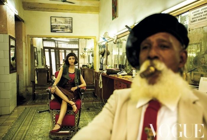 Dù Côn Lăng đi chụp ảnh ở Cuba xa xôi thì Châu Kiệt Luân vẫn có cách phát bánh gato ảnh 3