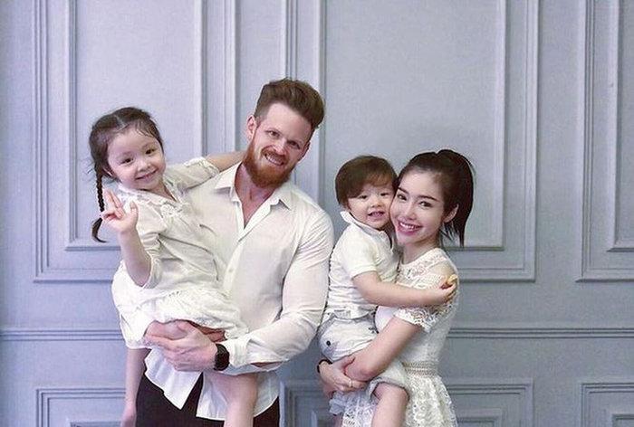 Elly Trần vướng nghi vấn đổ vỡ hôn nhân với chồng ngoại quốc.