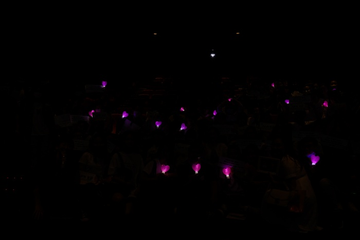Jun Vũ xuất hiện với nhan sắc mong manh tại họp fan y như concert thu nhỏ ảnh 2