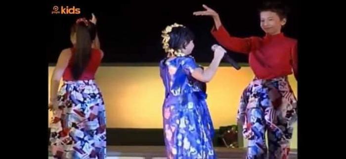 Góc phát hiện: Gần 20 năm trước, S.T Sơn Thạch từng là vũ công của bé Xuân Mai? ảnh 1