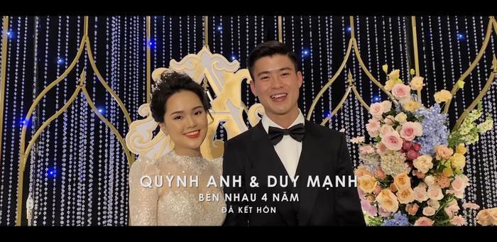 Duy Mạnh – Quỳnh Anh.