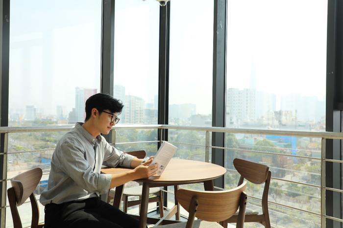 Với nhiều thành tích xuất sắc, Phan Nhân đã trở thành đại sứ du lịch của một thành phố biển lớn tại xứ sở Kim chi.