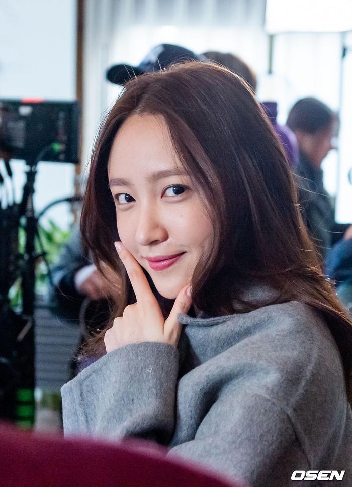 Bộ ảnh quyến rũ của Hani (EXID) khiến Knet nóng mắt ảnh 6