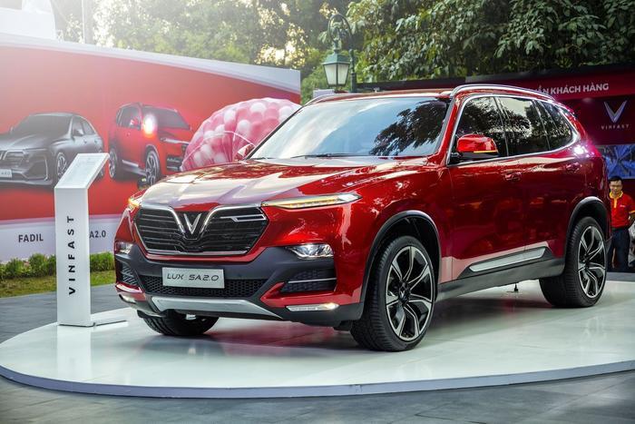 Mẫu SUV VinFast Lux SA2.0 tăng giá lên tới 50 triệu đồng với tất cả các phiên bản. (Ảnh: VinFast)