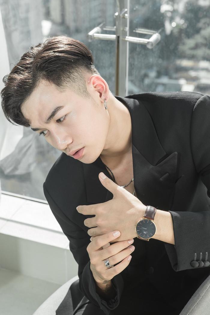 Bố già kết thúc gần nửa tháng, Trấn Thành mới chịu để Ali Hoàng Dương ra mắt MV OST ảnh 0
