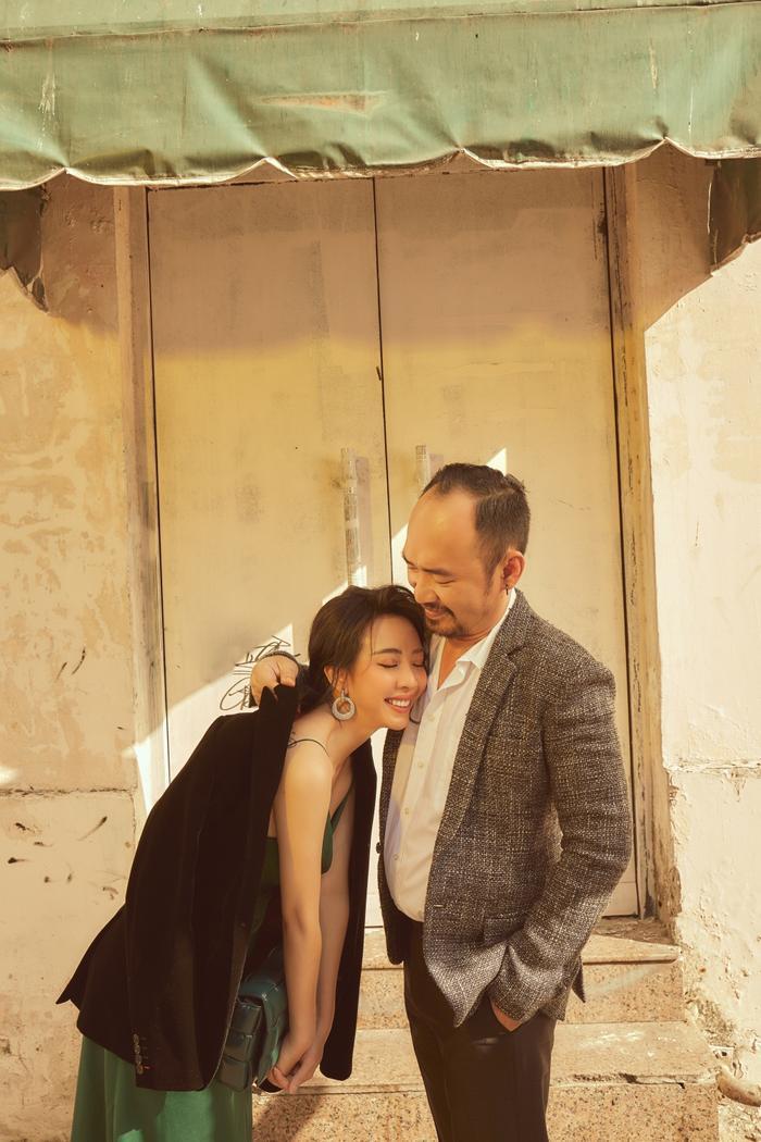 Thu Trang  Tiến Luật đón Valentine ngọt ngào, kể điều hạnh phúc nhất khi ở bên nhau 9 năm ảnh 8