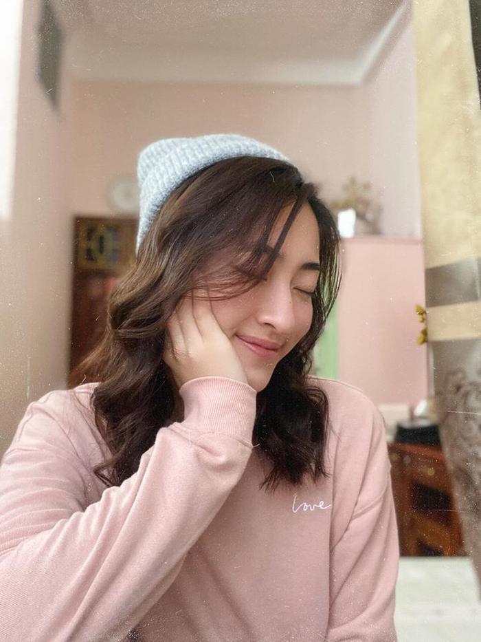Hoa hậu Lương Thùy Linh thay đổi kiểu tóc mới khiến ai cũng xuýt xoa trầm trồ