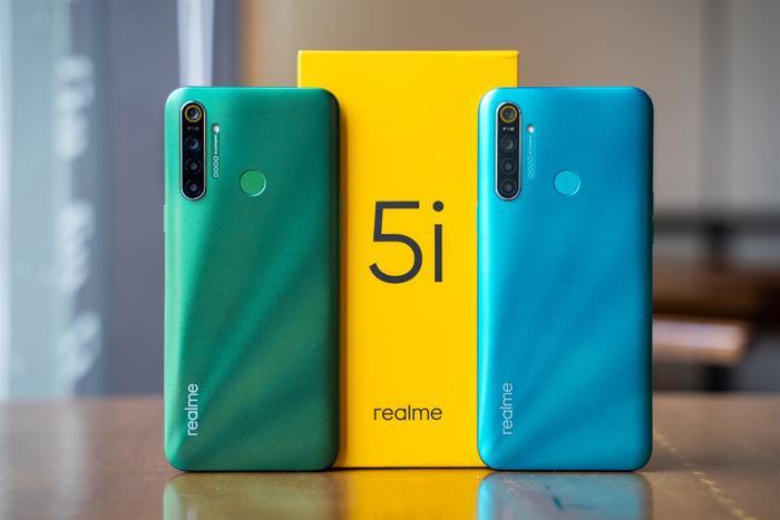 4 smartphone có màu sắc độc lạ, tặng Valentine đảm bảo nửa kia sẽ thích ảnh 0