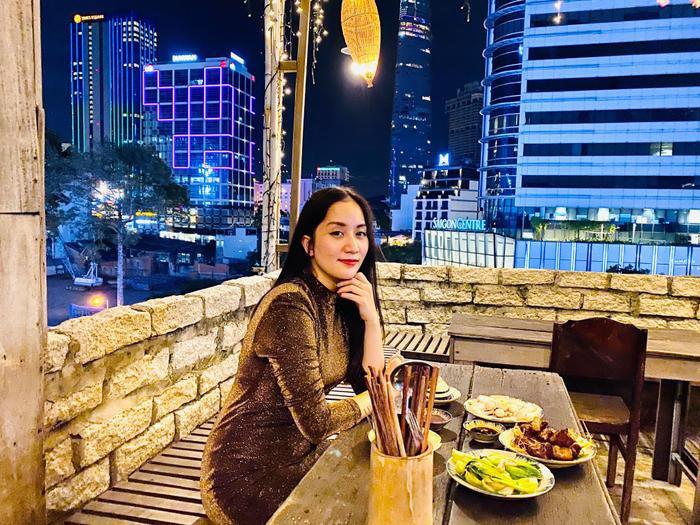Phan Hiển chơi lớn chi hàng trăm triệu cho Khánh Thi dịp Valentine