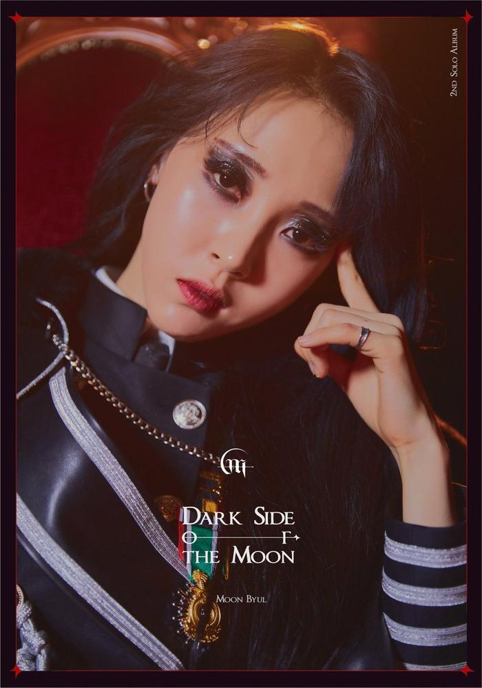 Moonbyul đã chính thức phát hành album solo thứ hai của mang tên Dark Side of the Moon.