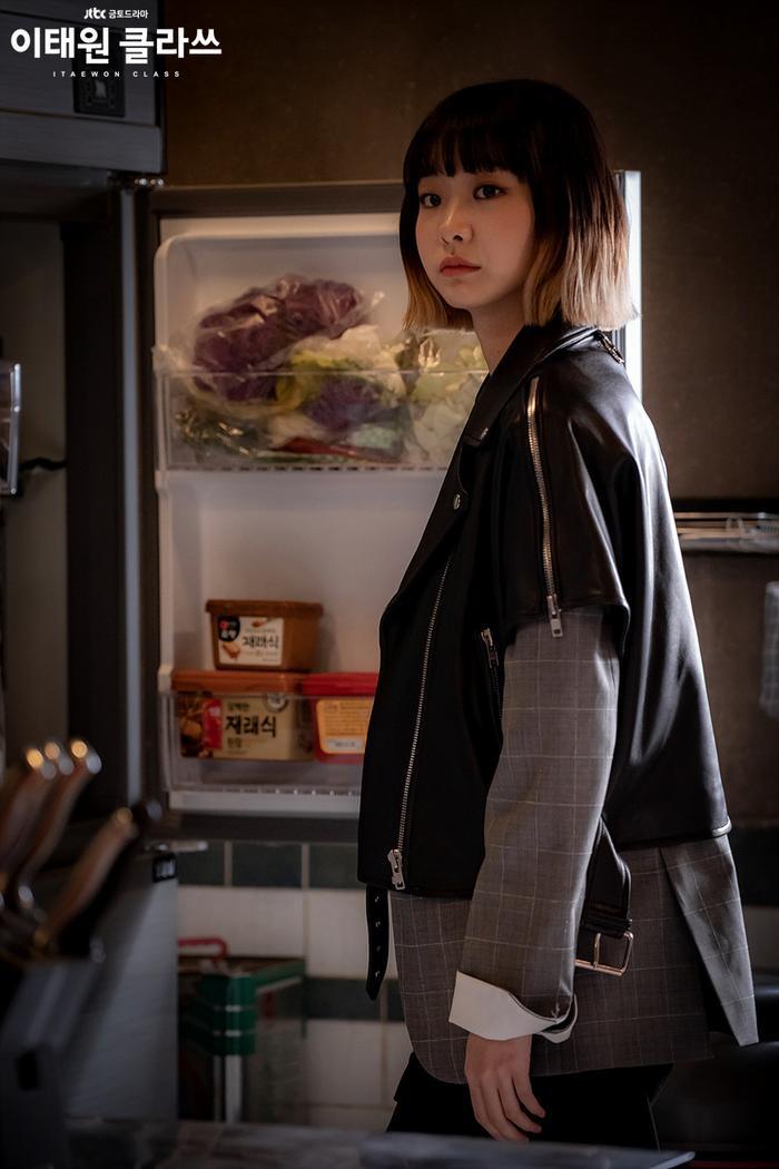 Phim của Park Seo Joon đạt kỷ lục mới, vươn lên vị trí thứ 3 trong top những bộ phim có rating cao nhất của đài jTBC ảnh 3