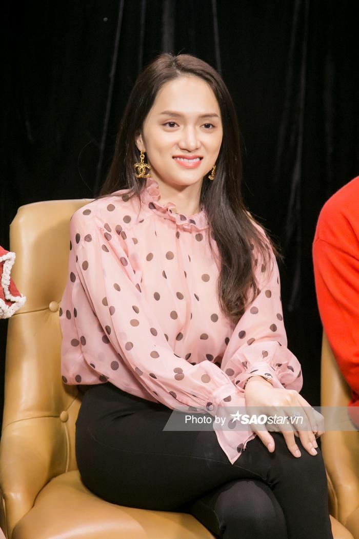 Hương Giang giải thích lý do kết thúc series #ADDODA, nghi vấn bách hợp cuối MV Tặng anh cho cô ấy ảnh 1