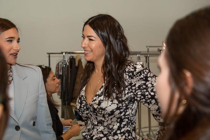 Ngành công nghiệp thời trang vốn nổi tiếng là lãng phí bởi khách hàng rất ưa chuộng các thương hiệu 'thời trang nhanh' như Zara và H&M. Những bước nhảy vọt về công nghệ của Rebecca Minkoff có thể là câu trả lời cho quá trình sản xuất bền vững và thân thiện với môi trường trong tương lai.