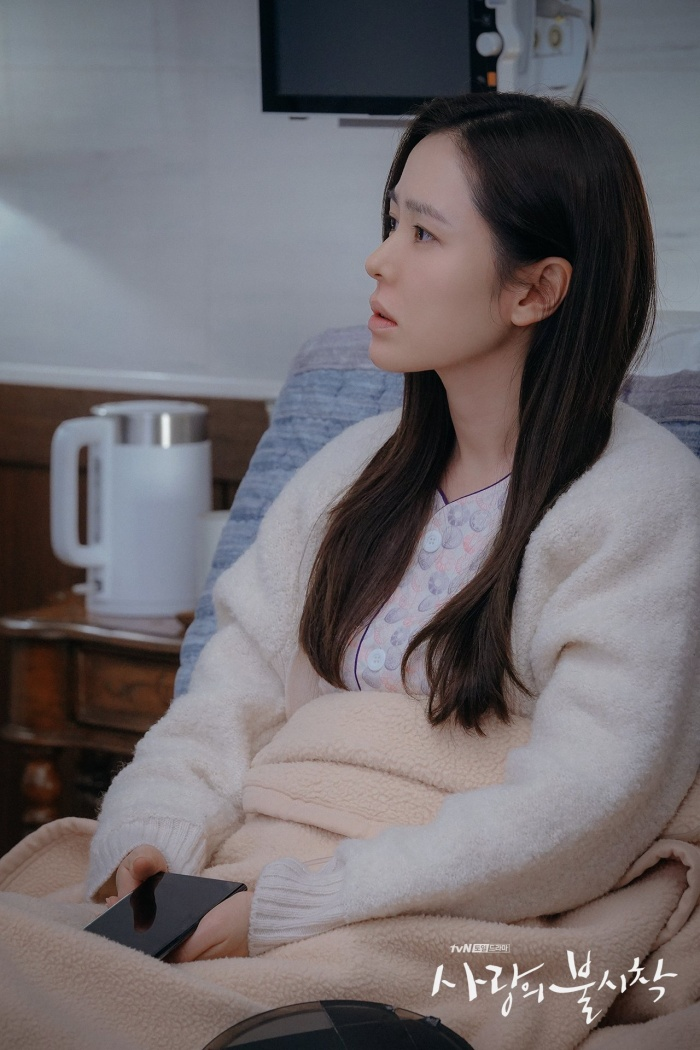 Hyun Bin vàSon Ye Jin sẽ sinh con trong tập cuối, phimHạ cánh nơi anh có thể vượt qua rating 20%? ảnh 5